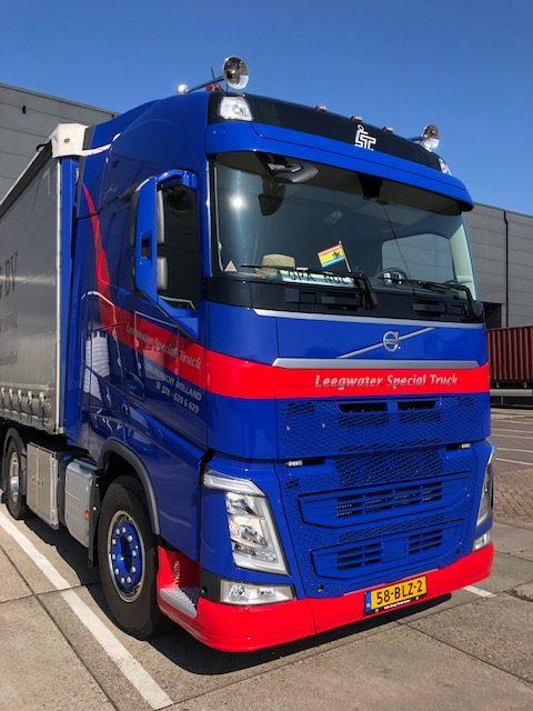 Nieuwe Volvo FH4-460 voor Leegwater Special Truck